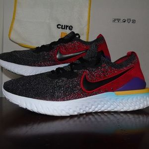 Men's Nike shoes 8.5